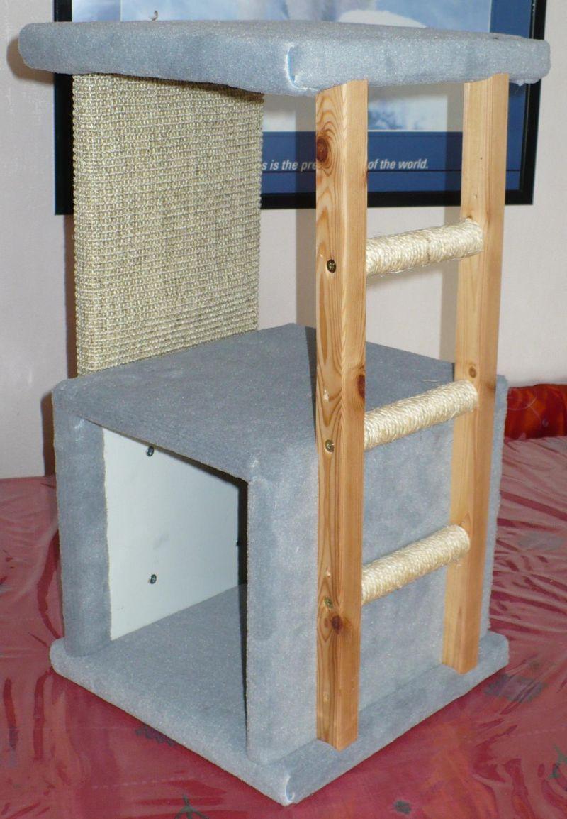 arbre chat compact avec echelle. Black Bedroom Furniture Sets. Home Design Ideas
