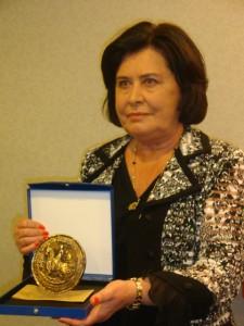 Nicole Bacqué a reçu le sceau de Marie de Bourgogne.
