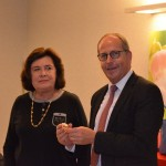 Nicole Bacqué vient de remettre la médaille de la SPA de Dijon à Rémi Delatte