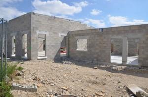 Les bâtiments administratifs avancent