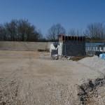 La construction des bâtiments de service va commencer (bureau, locaux vétérinaires etc... )